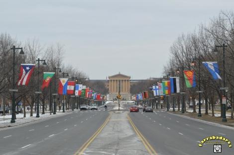 Philadelphia - Ben Franklin Parkway - Museu de Arte ao fundo