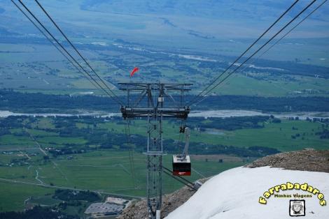 Bonde Ride de Tram que leva ao topo da Montanha Rendezvous